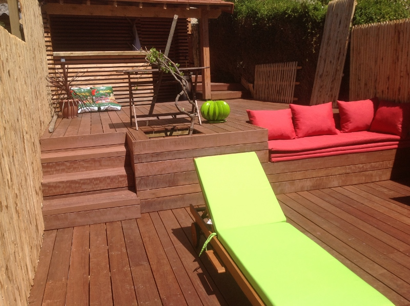 Photo terrasse dordogne 800x598